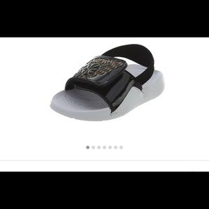 4b770fa08c2d Jordan Hydro 7 kindergartener sandals size 10